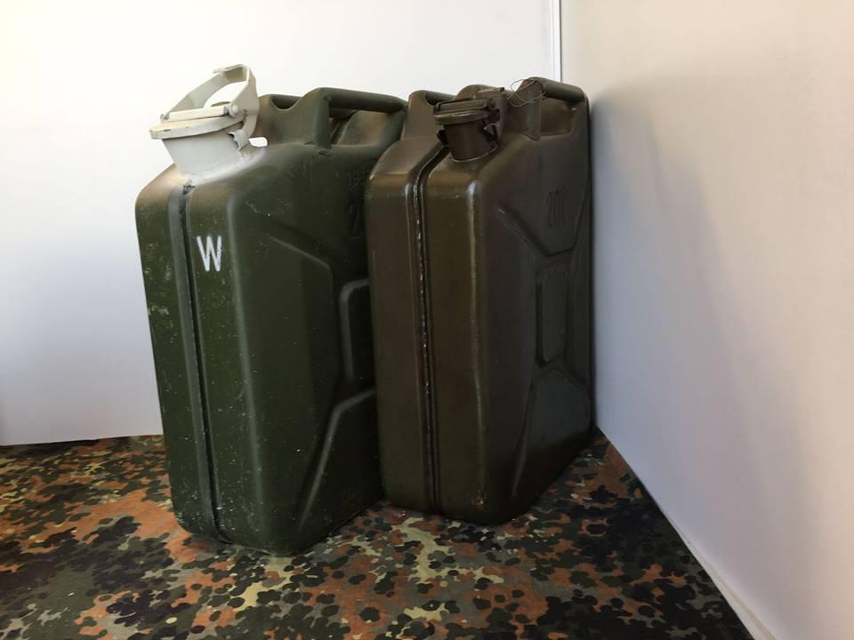 20L Kanister Stahlblech Bw BUNDeswehr Kraftstoff oder Wasser ...